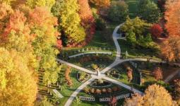 Drone photo of the Botanical Garden in the Fall
